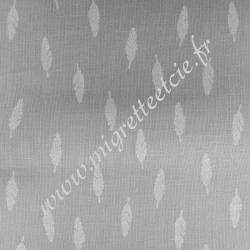 Tissu coton gris clair imprimé plumes, Migrette et Cie